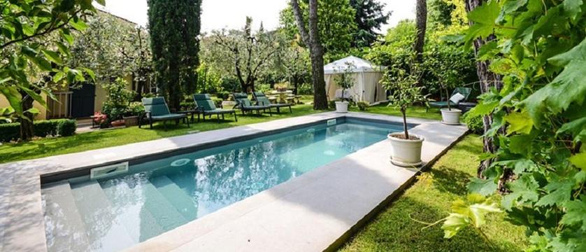 Piccola Vela Pool and Garden.jpg